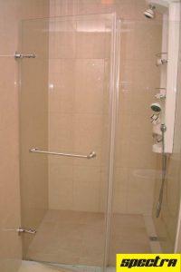 framelessshower-toiletcubicleglass