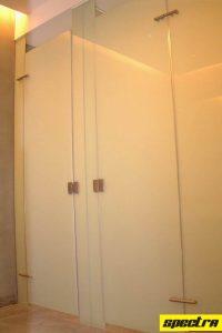 framelessshower-toiletcubicleglass2